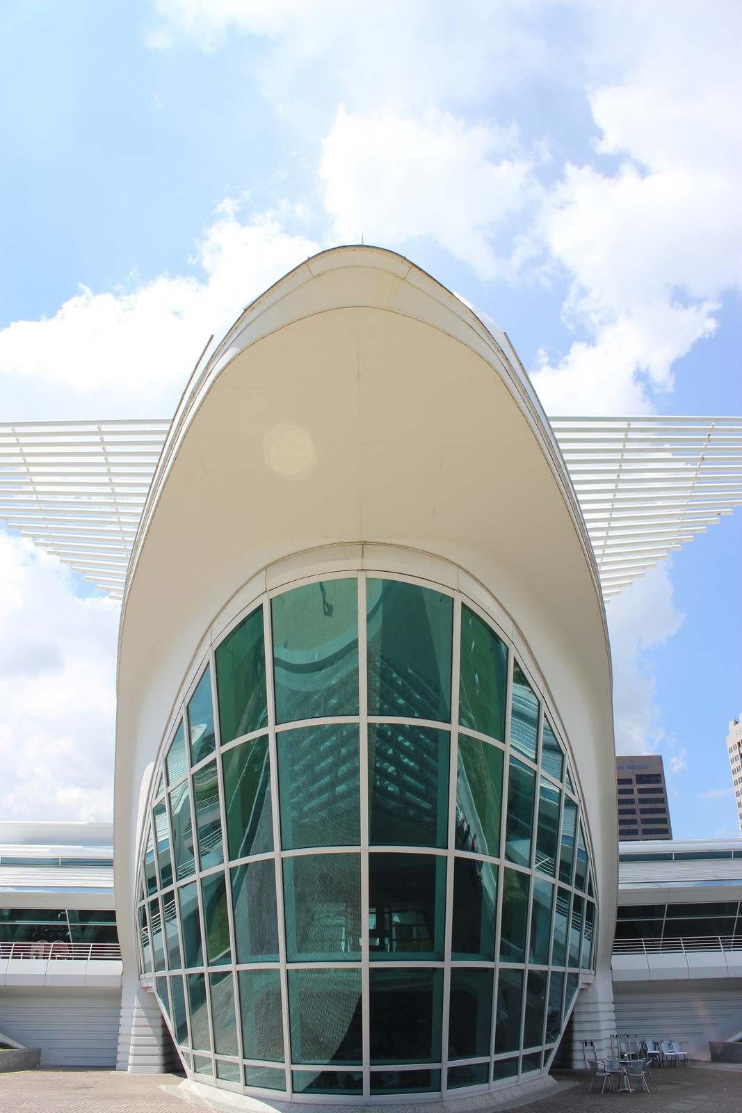milwaukee art museum6 Modern Milwaukee Art Museum by Santiago Calatrava