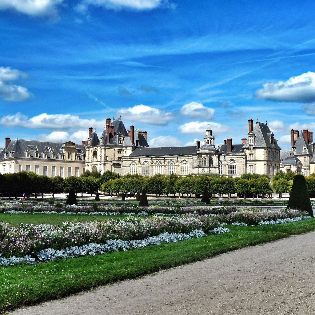 chateau  fontainebleau8 Palace of Fontainebleau   One of the Largest French Royal Chateaux