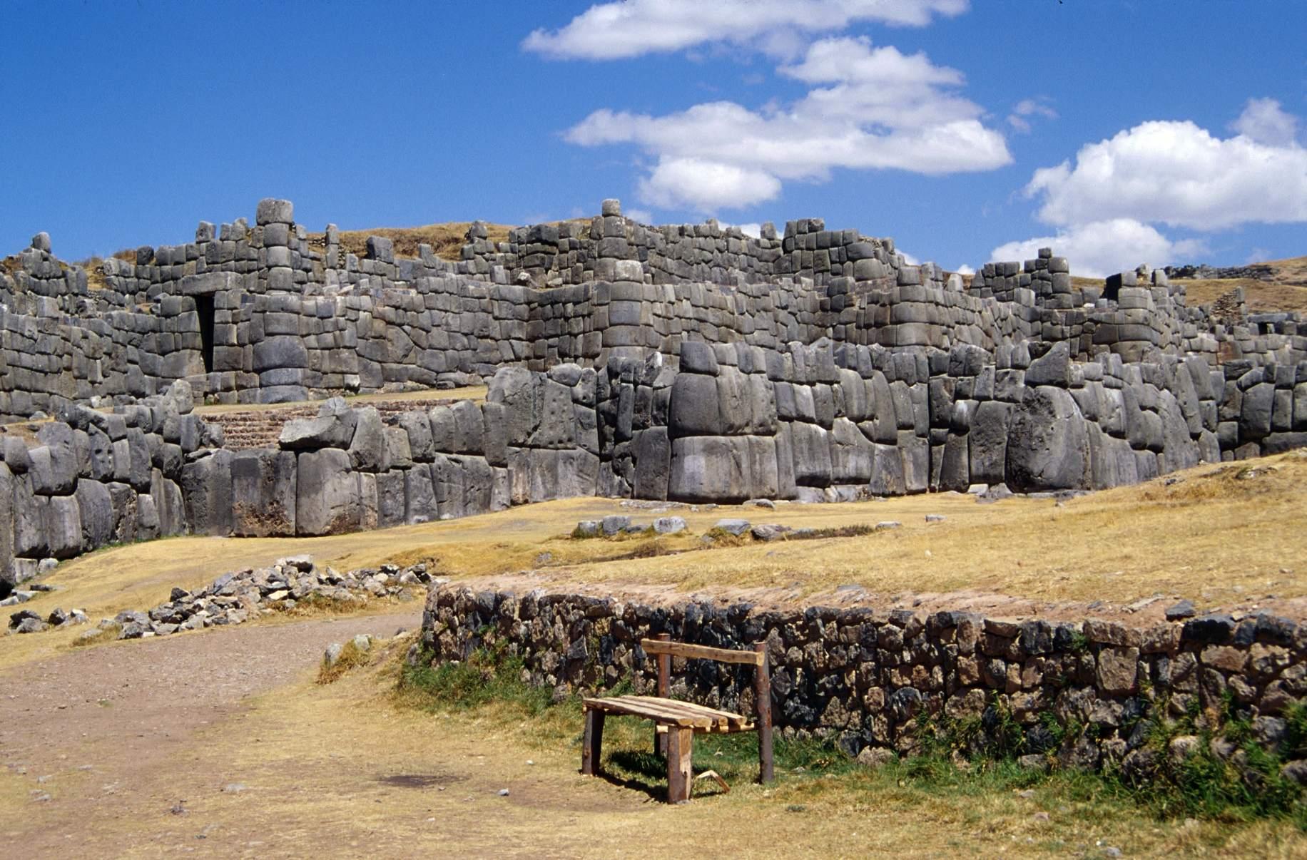 sacsayhuaman1 Sacsayhuaman   The Inca Ruins