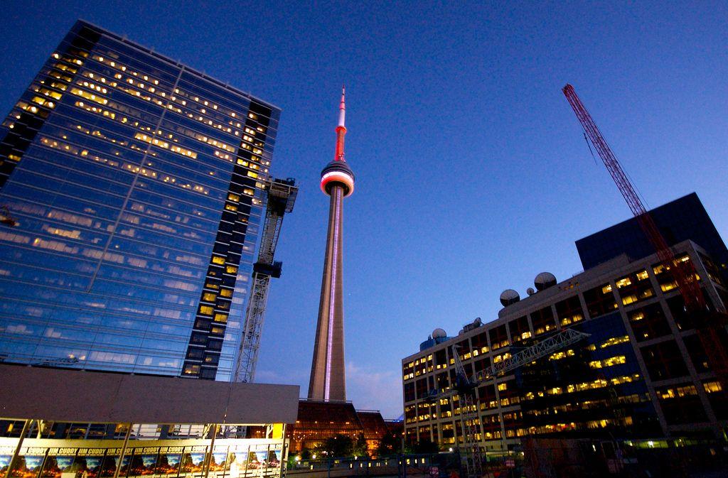 cn tower15 CN Tower   Toronto Landmark