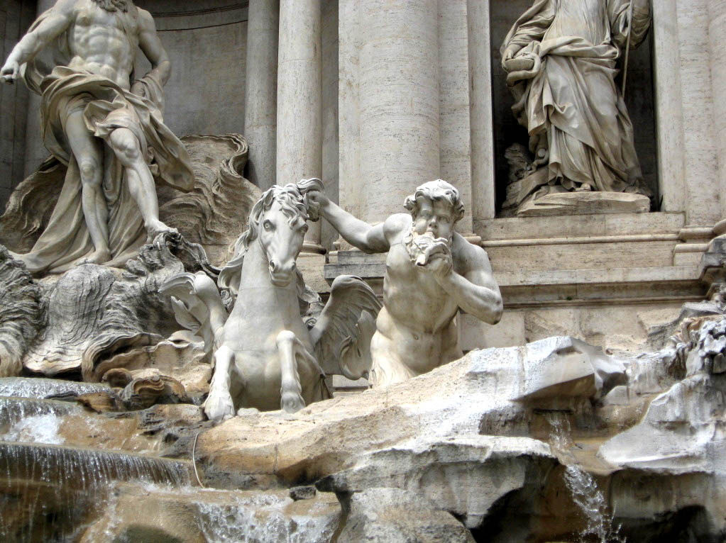 fountain trevi6 Trevi Fountain   The Most Famous Fountain of All