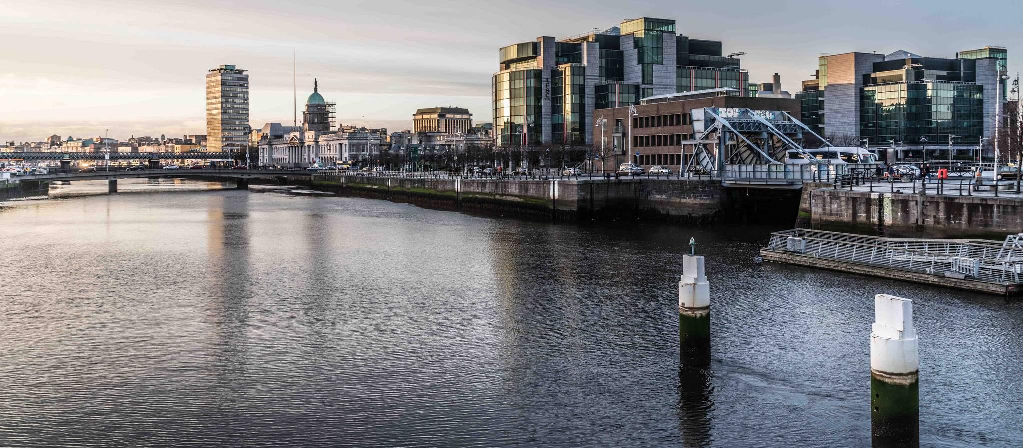 dublin docklands4 Walking Around Dublin Docklands by Marphy