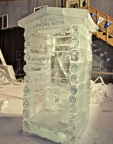 art on ice7 Beautiful Colored Ice Sculptures in Alaska