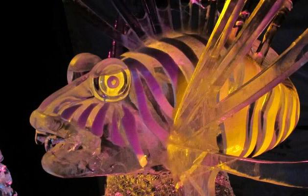 art on ice8 Beautiful Colored Ice Sculptures in Alaska