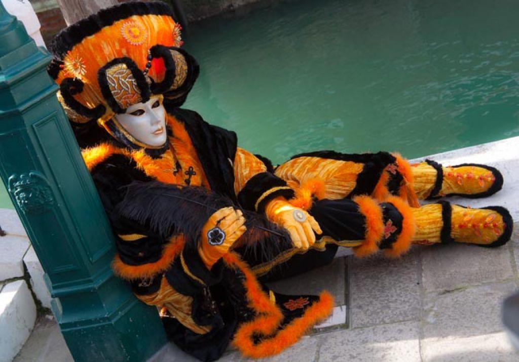 venice carnival4 Carnival Costumes at Santa Maria della Salute