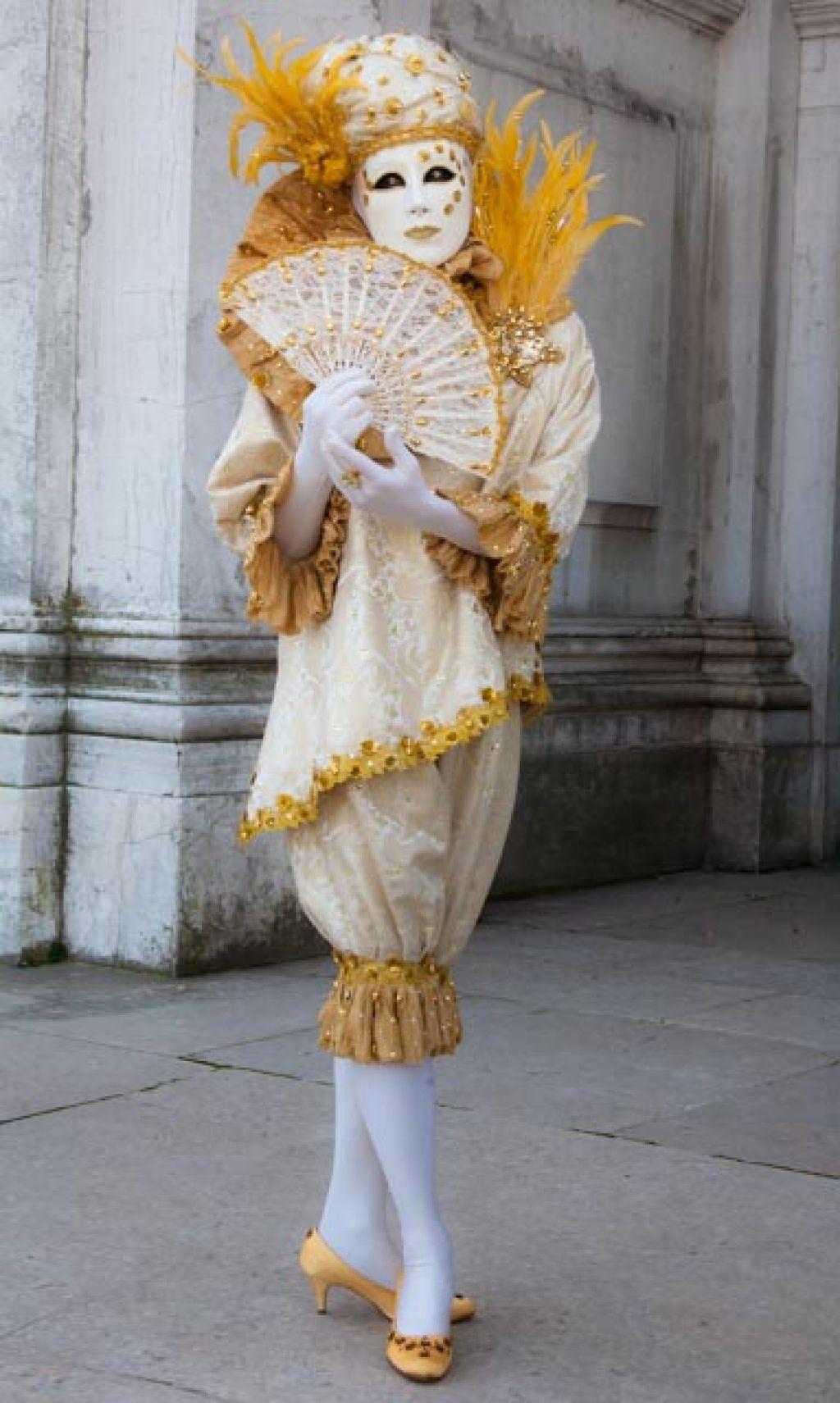 venice carnival6 Carnival Costumes at Santa Maria della Salute