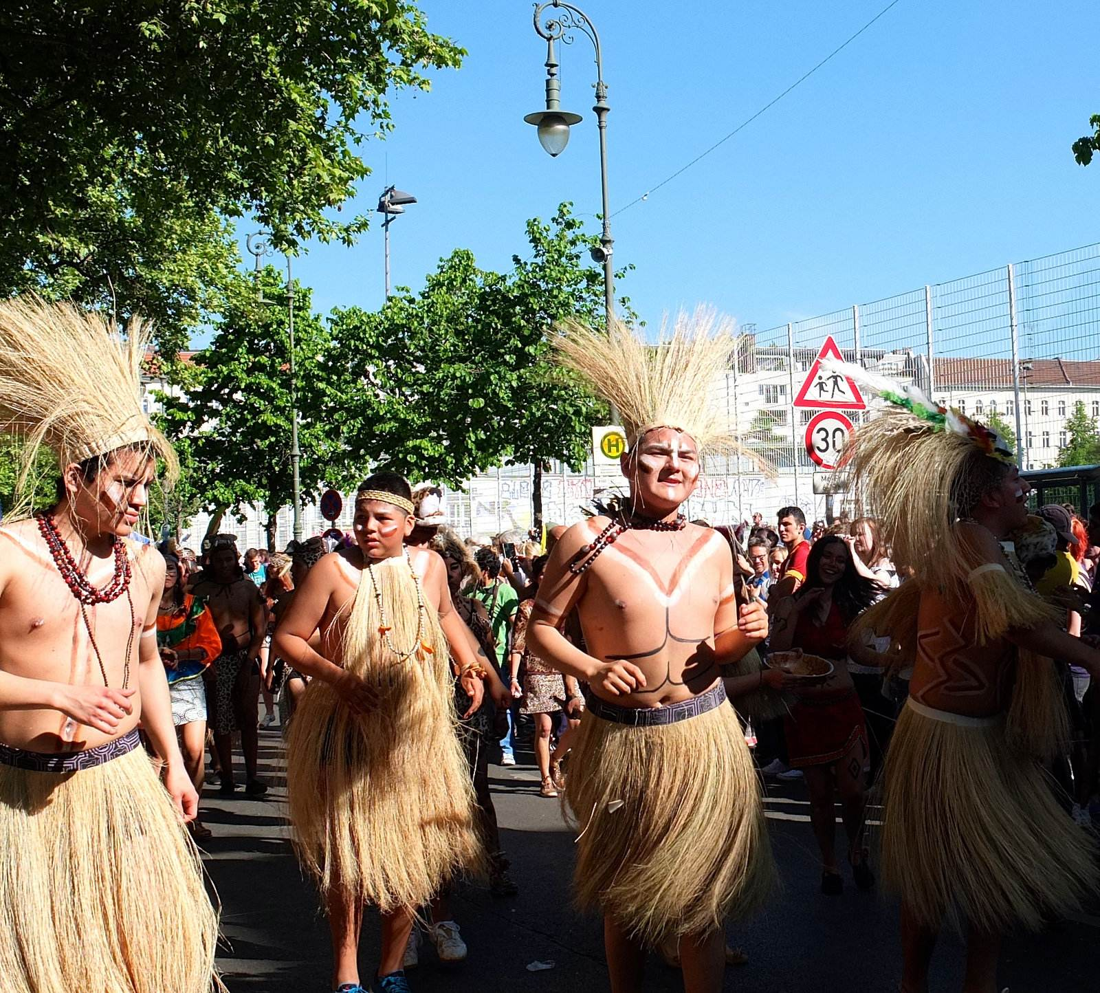 karnevalderkulturen2 KdK   Karneval der Kulturen in Berlin (Carnival of Cultures)
