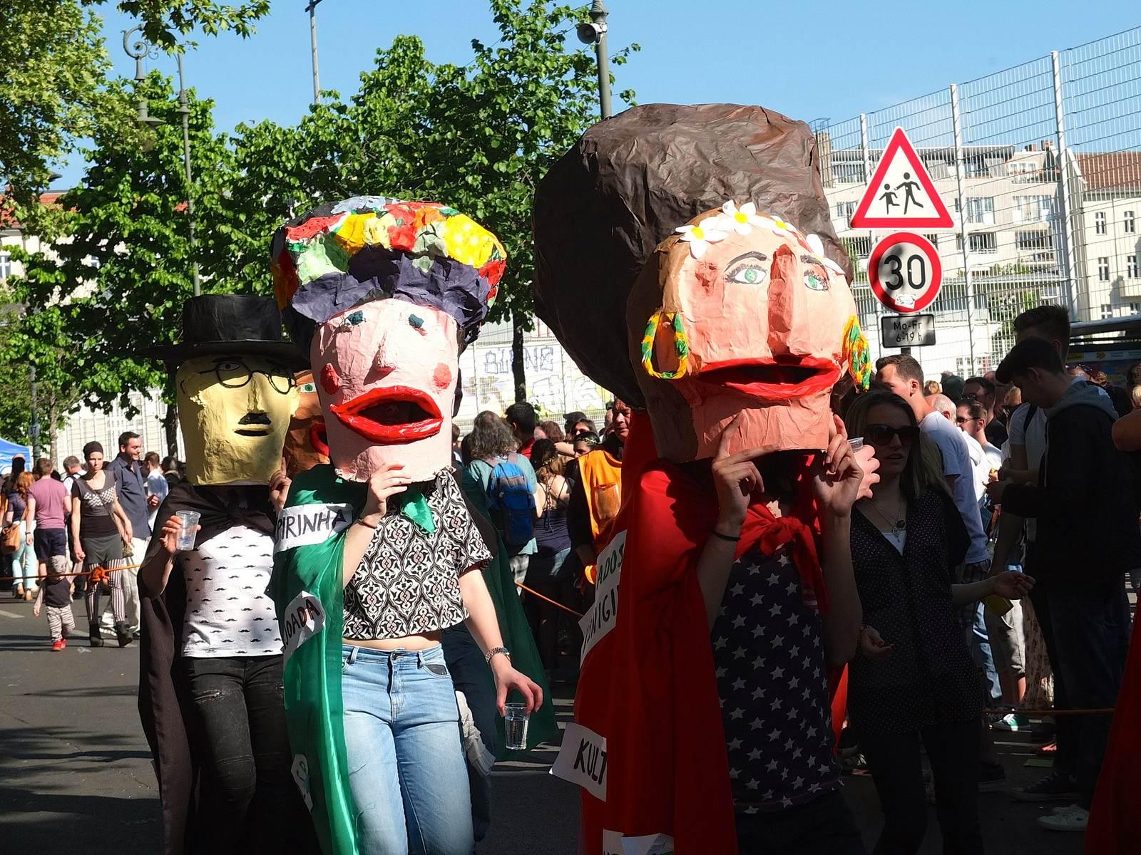 karnevalderkulturen3 KdK   Karneval der Kulturen in Berlin (Carnival of Cultures)