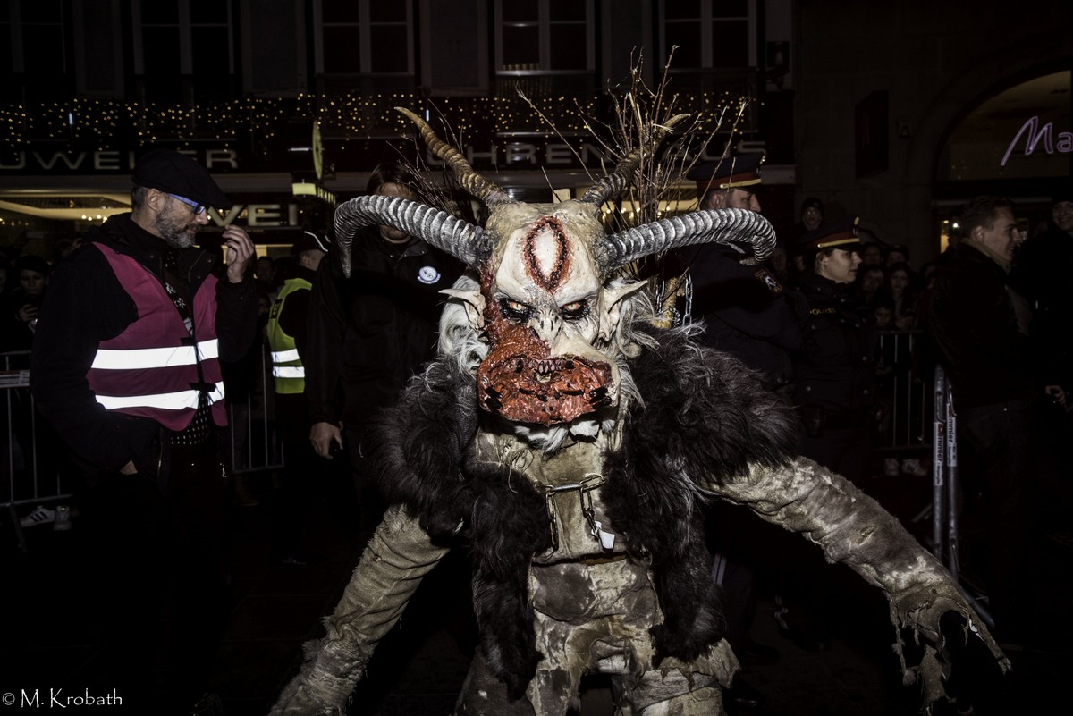 krampus perchten10 Krampus and Perchten Run in Graz, Austria