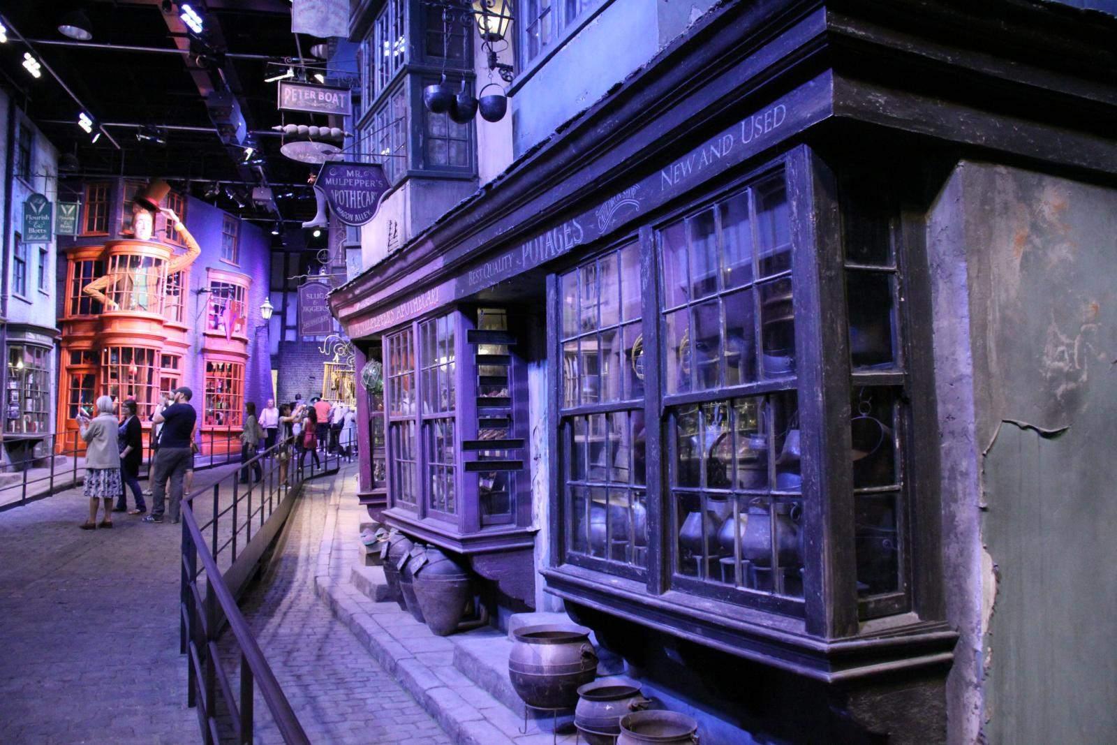 making harry potter1 The Making of Harry Potter, Warner Bros Studio London