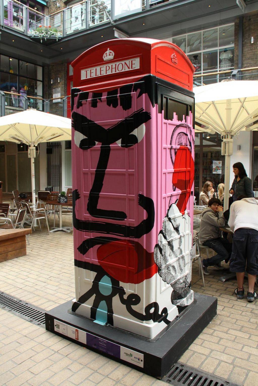 phone boxes1 Red telephone Boxes aka Street Art