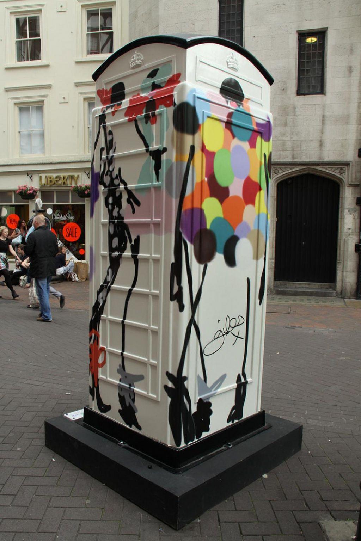 phone boxes17 Red telephone Boxes aka Street Art