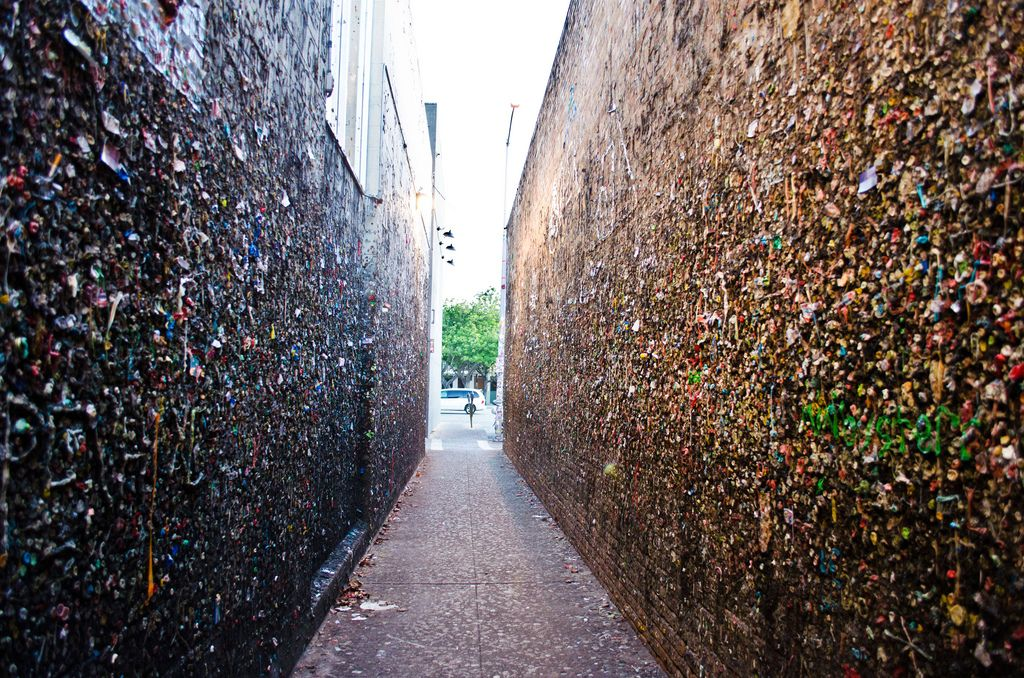 bubblegum alley1 Bubblegum Alley in San Luis Obispo