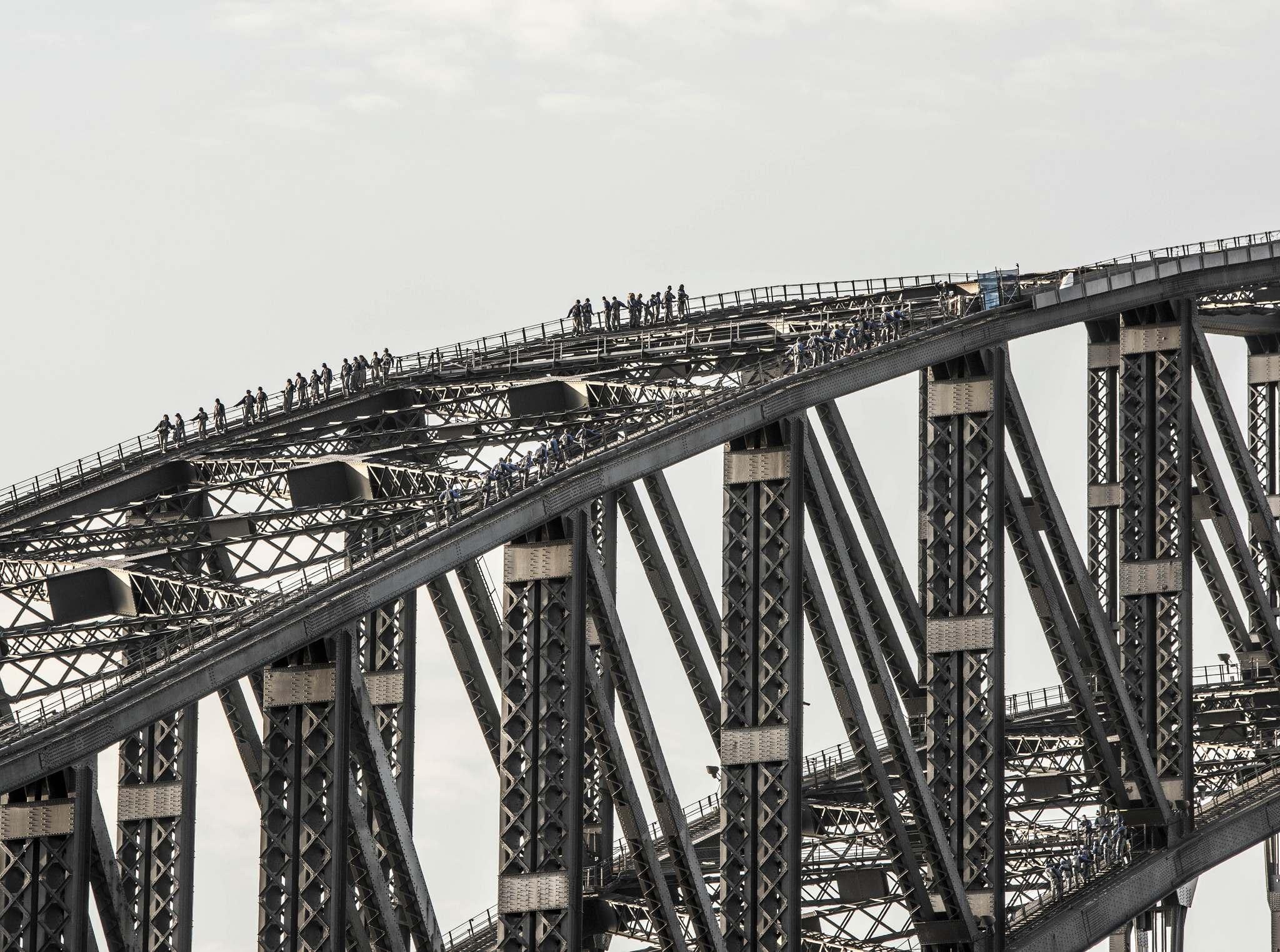 sydney bridge climb Climb the Bridge   Too Expensive Attraction of Sydney