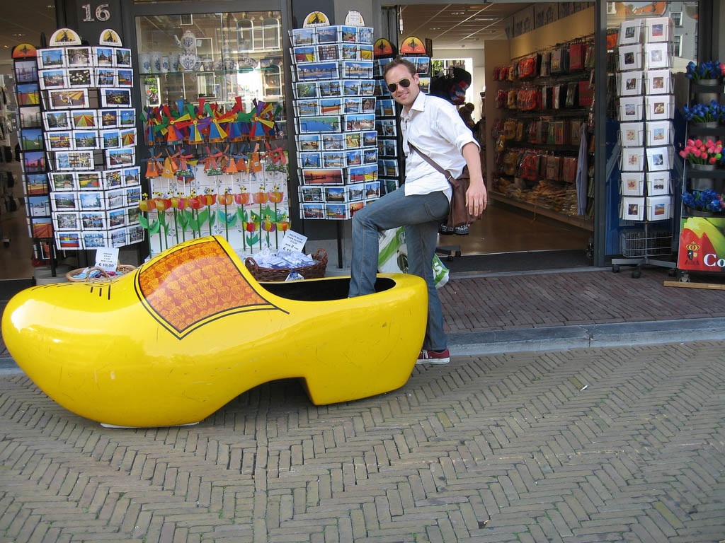 funny clogs traditional holand 2 Funny Clogs the Traditional Holand Footwear