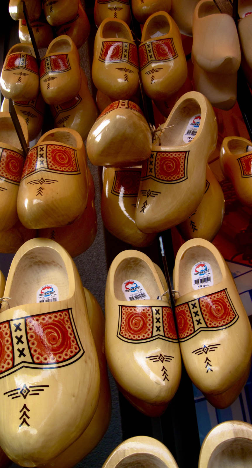 funny clogs traditional holand 8 Funny Clogs the Traditional Holand Footwear