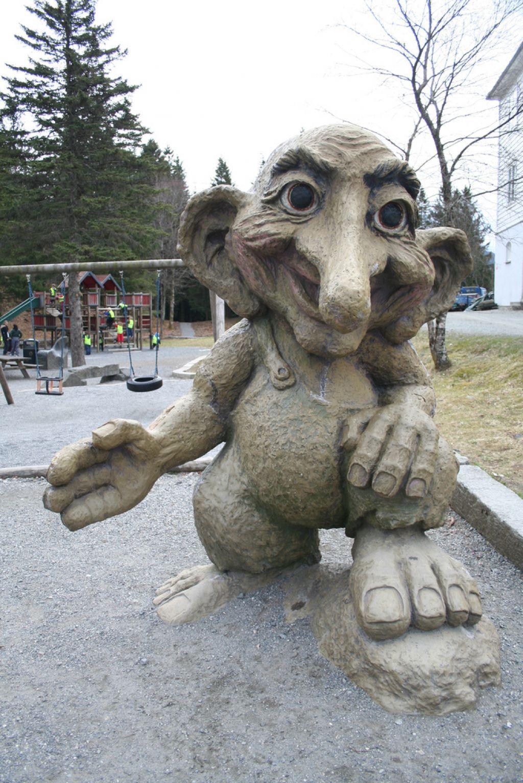 troll norway7 Troll   Norwegian Symbol from Fairy Tales