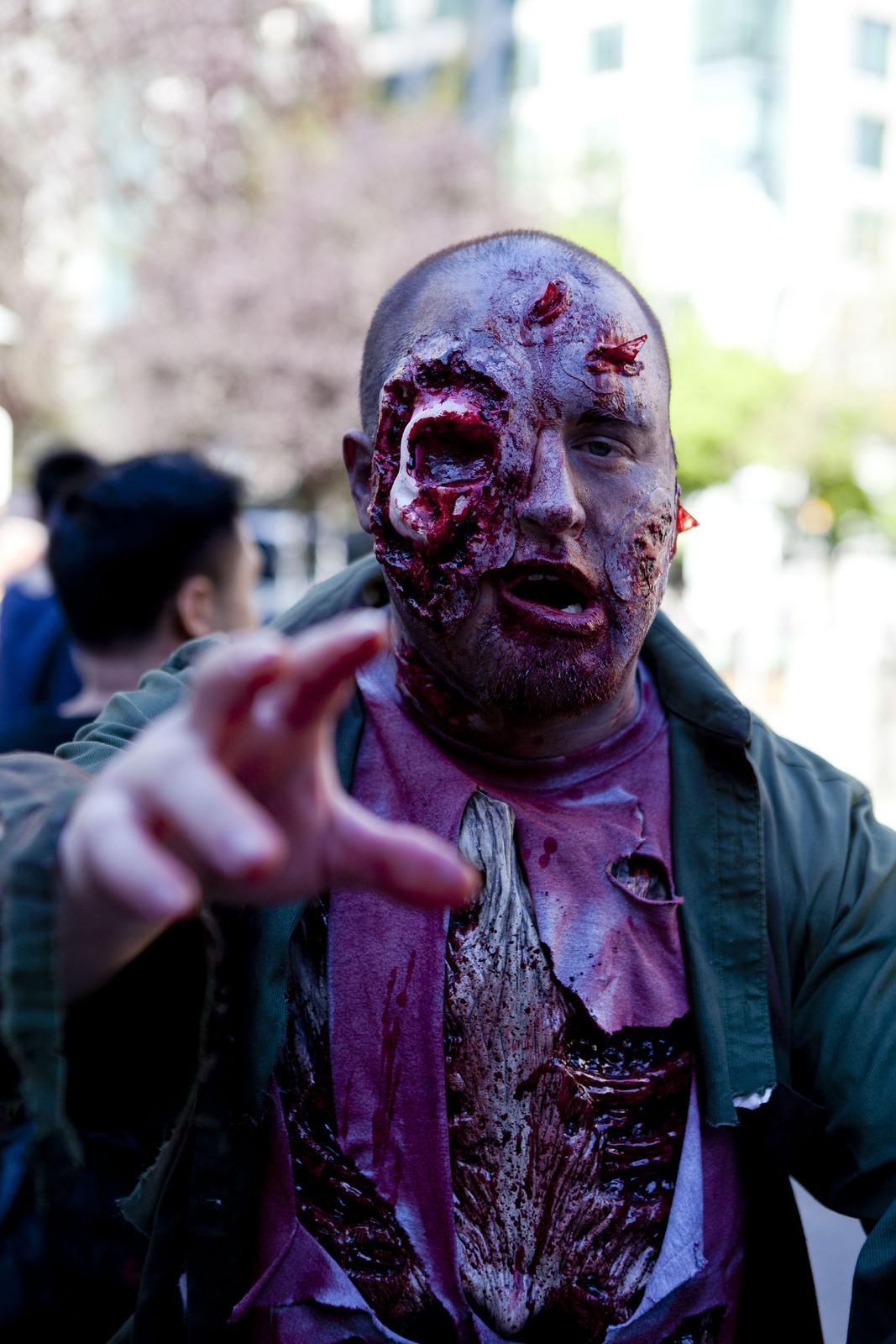 zombie11 Vancouvers Biggest Zombie Walk 2014