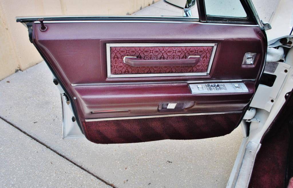 cadillac deville8 1968 Cadillac DeVille Hardtop Sedan