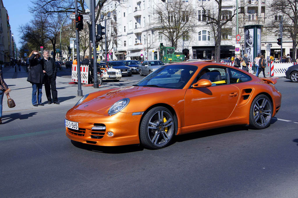 amazing supercars streets berlin3 Amazing Supercars in the Streets of Berlin