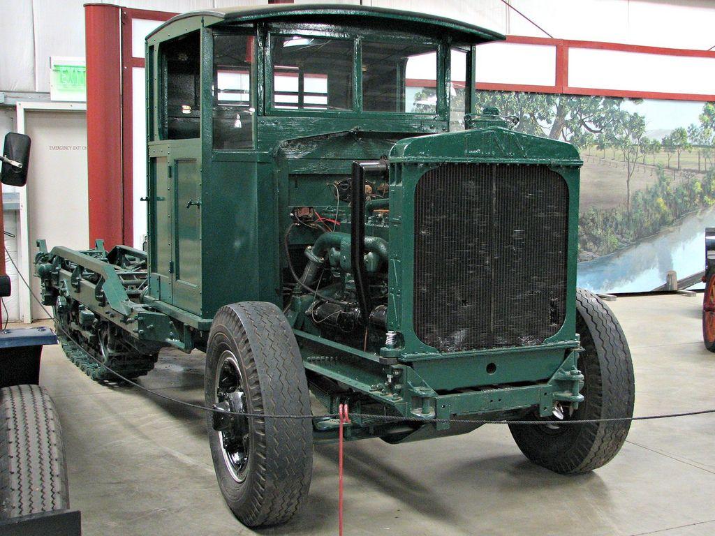 classic trucks1 Classic Trucks in Hays Antique Museum, California