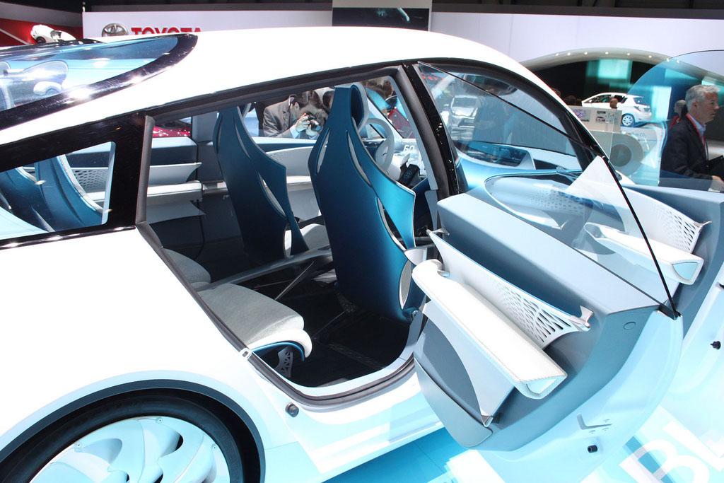 international geneva motor show7 Insight 2012 Geneva Motor Show
