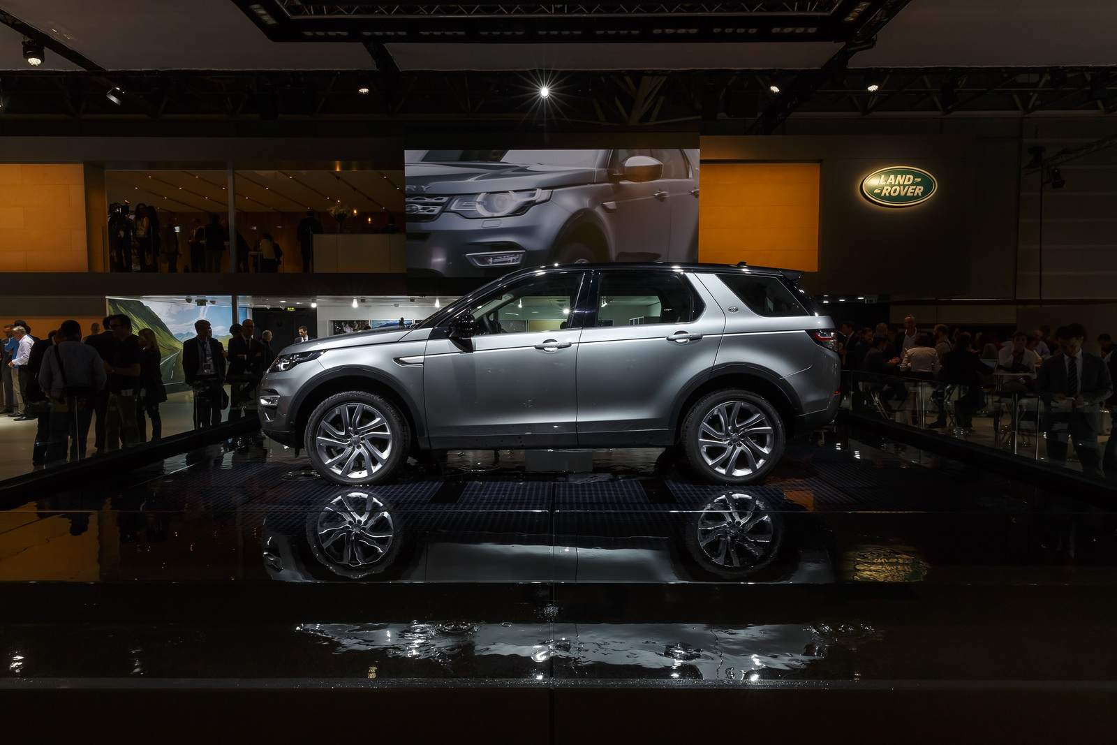 paris motor show1 Jaguar and Land Rover at Paris Auto Show 2014
