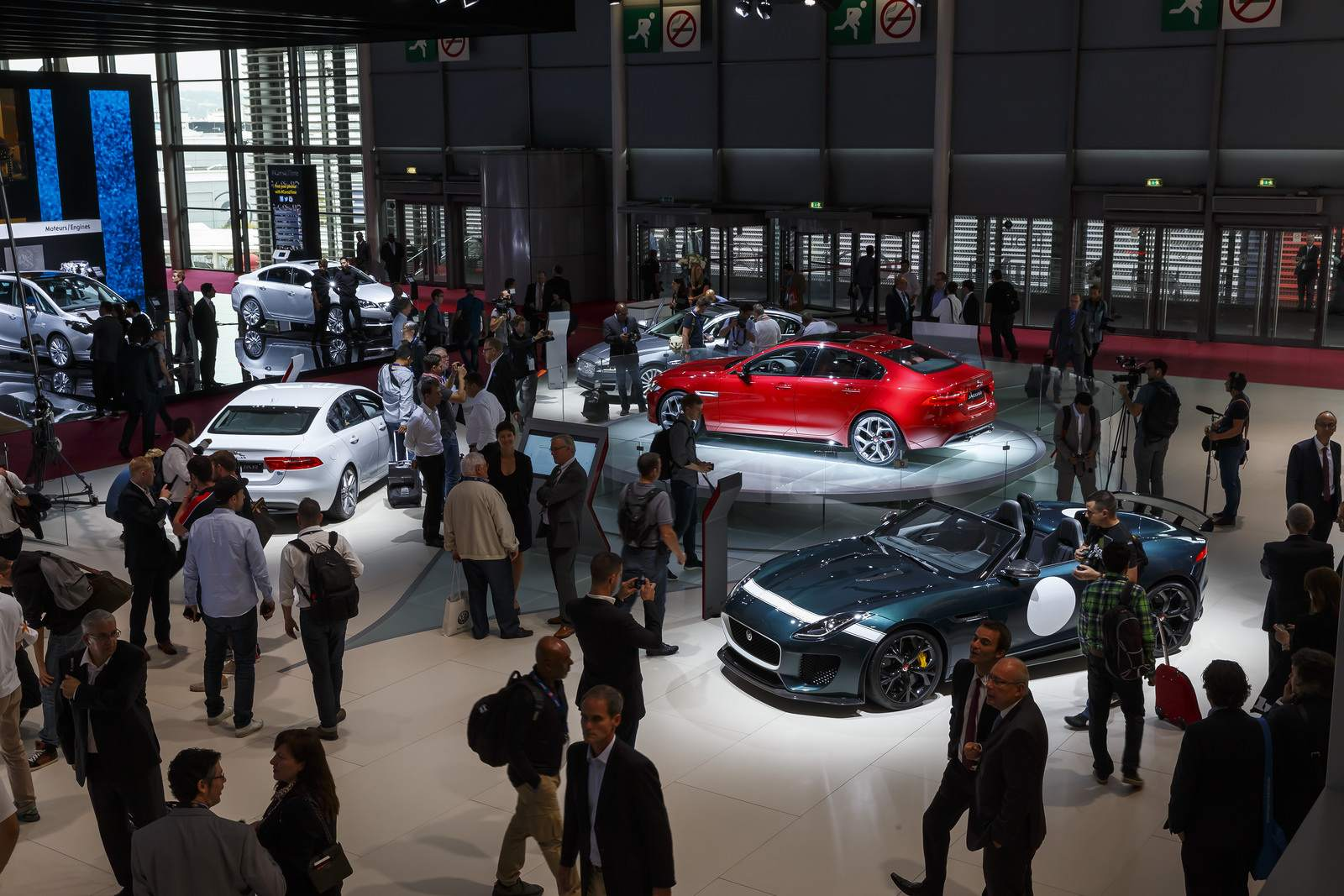 paris motor show10 Jaguar and Land Rover at Paris Auto Show 2014