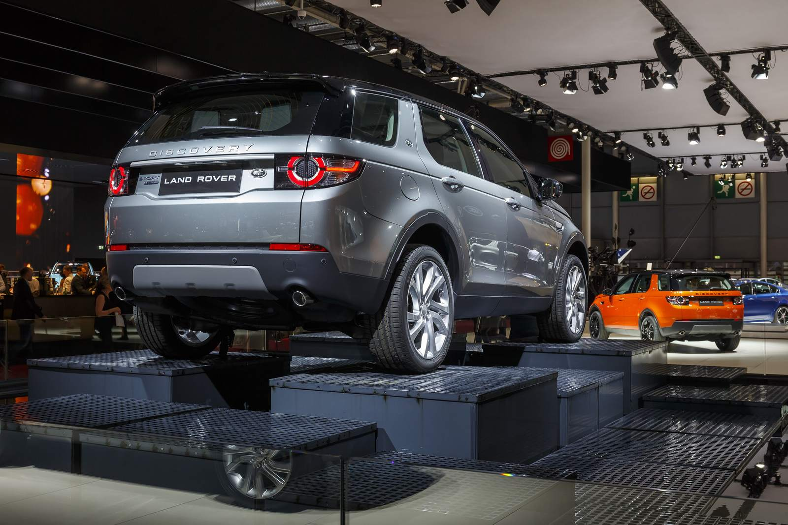 paris motor show2 Jaguar and Land Rover at Paris Auto Show 2014