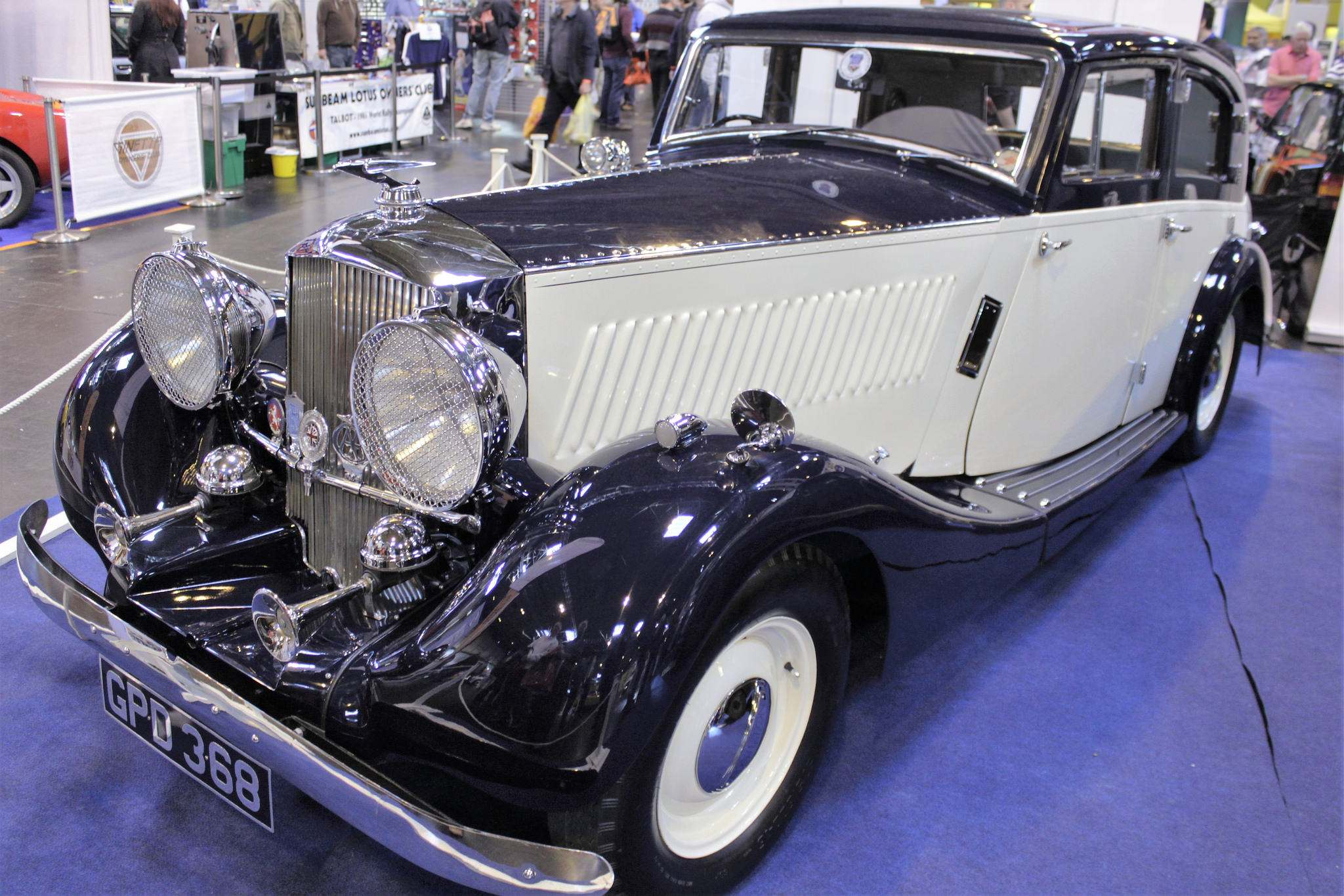nec classic car NEC Classic Car Show 2016   The Best Indoor Classic Car Show in the UK