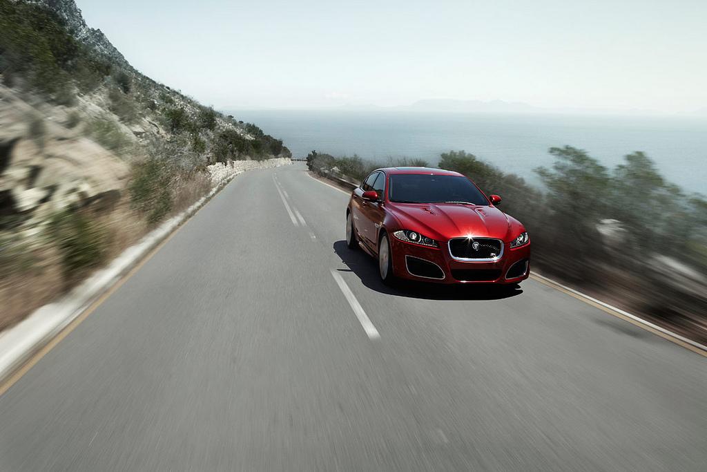 jaguar xfr3 New Jaguar XFR 2012   Luxury Sports Car
