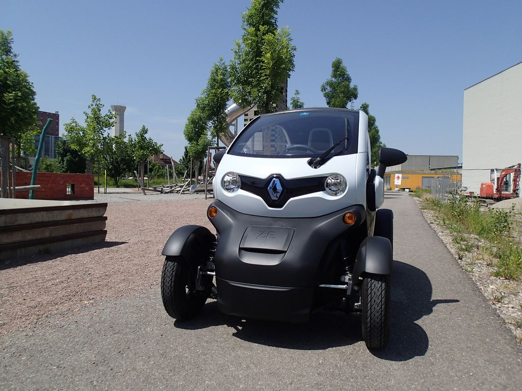 renault twizy3 Renault Twizy   Urban Electric Vehicle