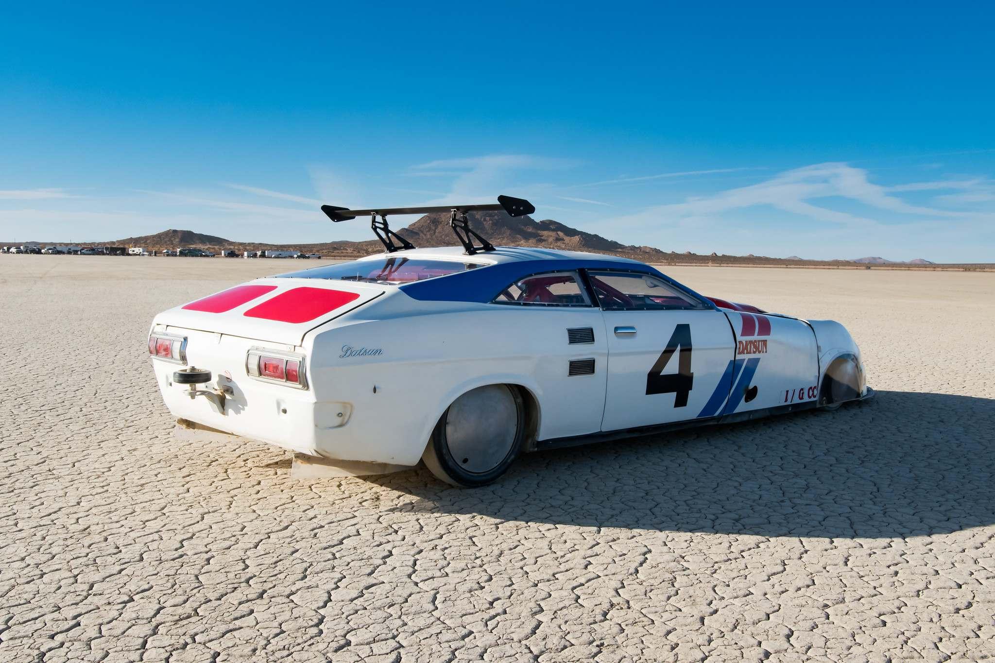 land speed racing2 Speed Racing at El Mirage Dry Lake