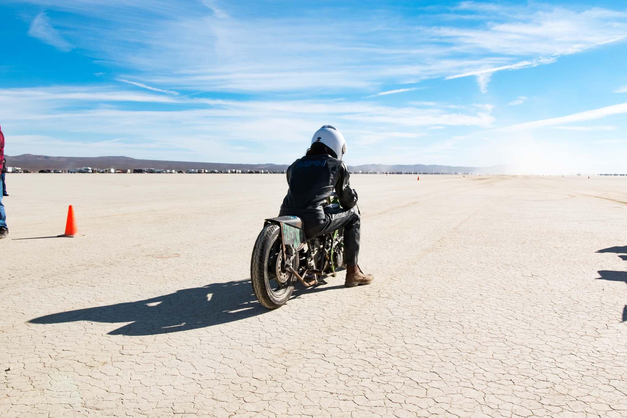 land speed racing4 Speed Racing at El Mirage Dry Lake