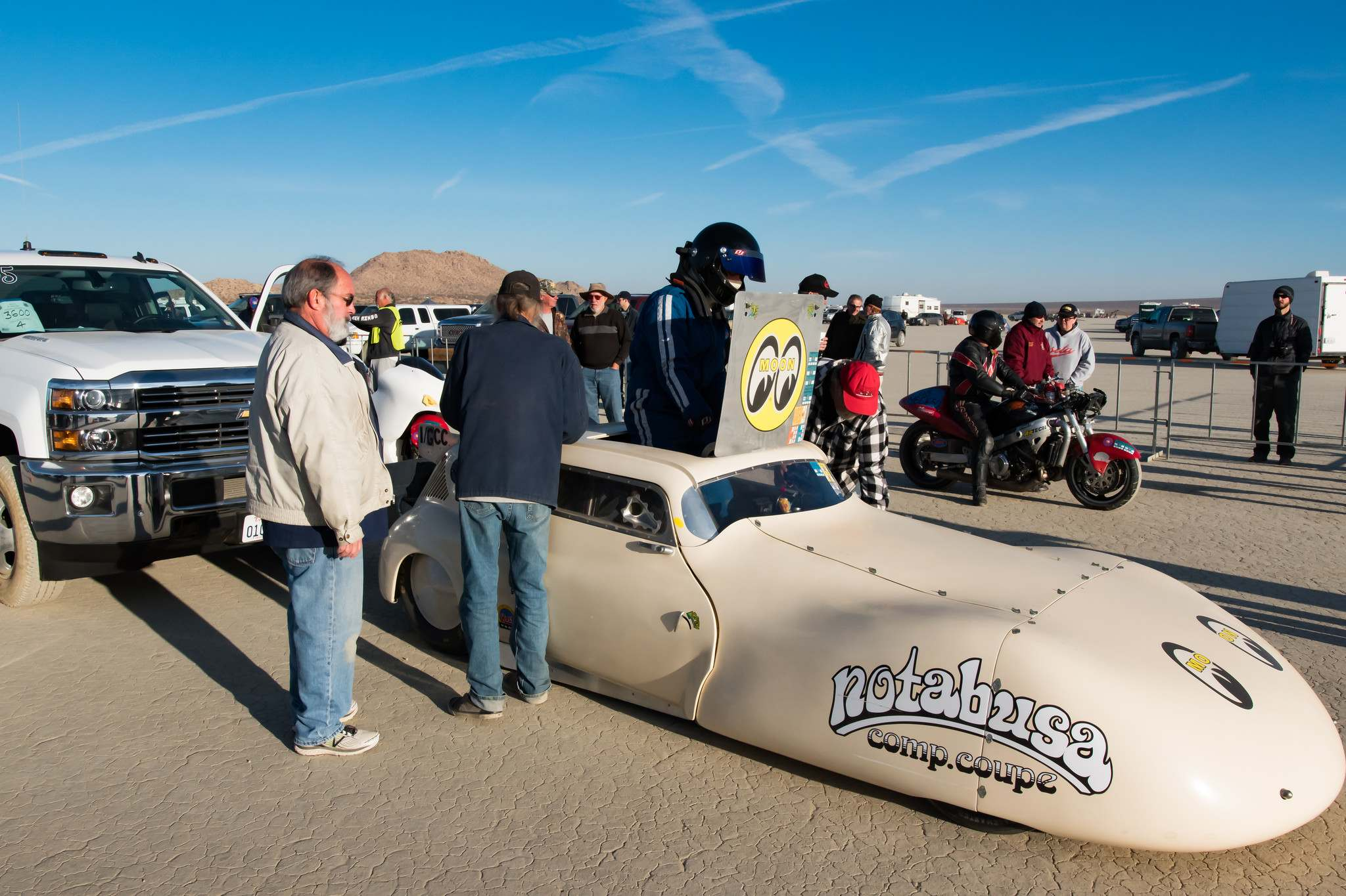 land speed racing7 Speed Racing at El Mirage Dry Lake