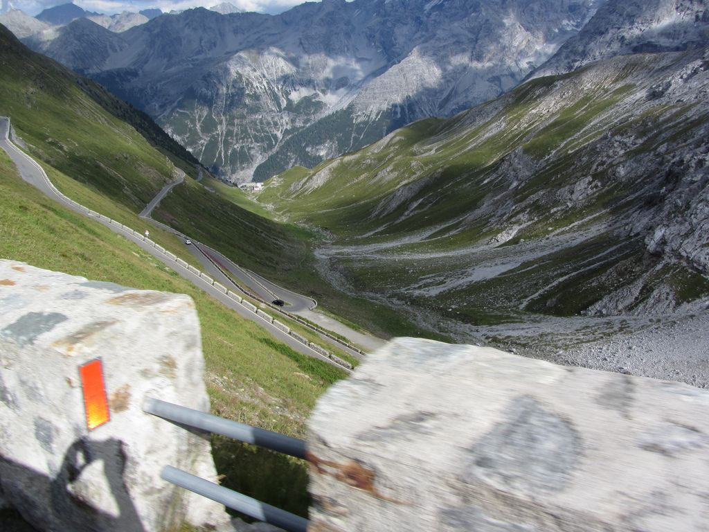stelvio pass2 Stelvio Pass Breathtaking Road