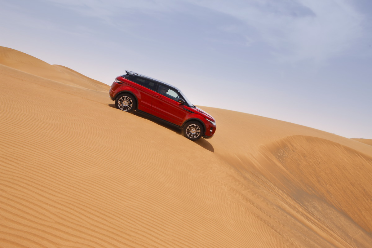 range rover evoque13 Welcome to Desert with Range Rover Evoque