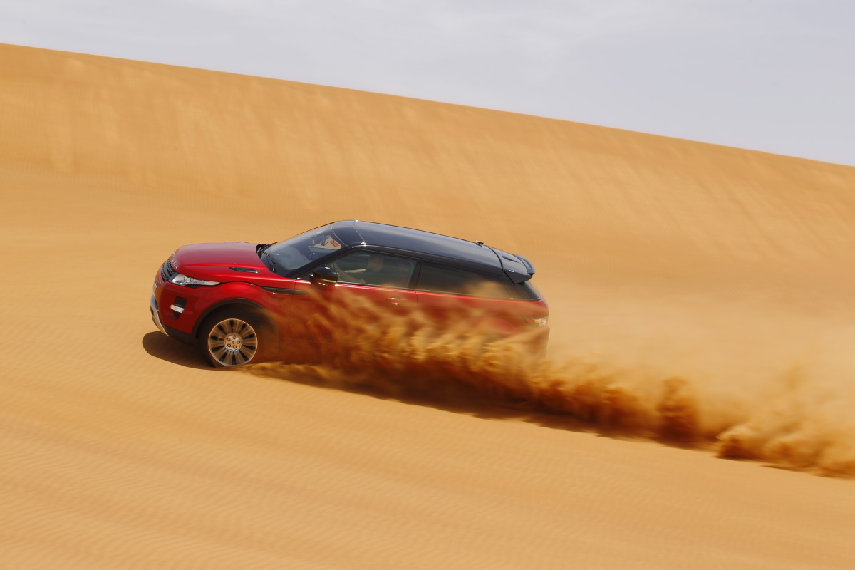 range rover evoque2 Welcome to Desert with Range Rover Evoque