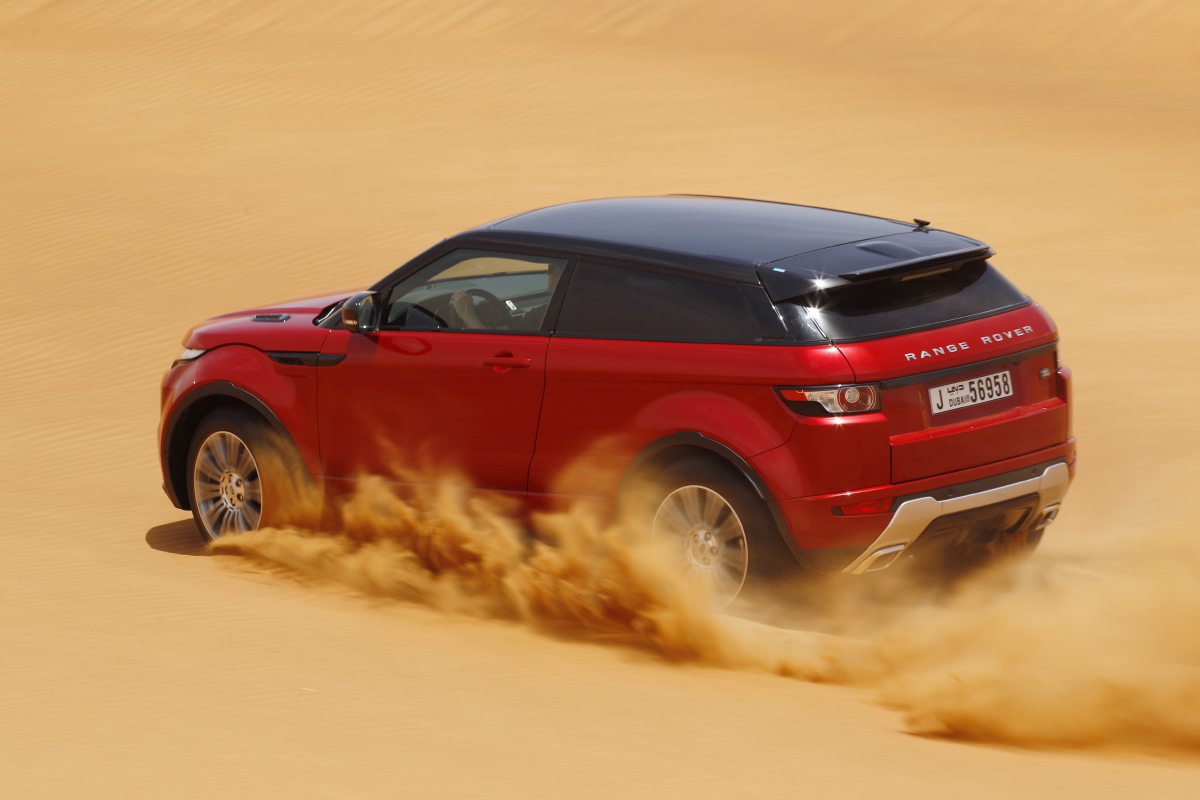 range rover evoque4 Welcome to Desert with Range Rover Evoque