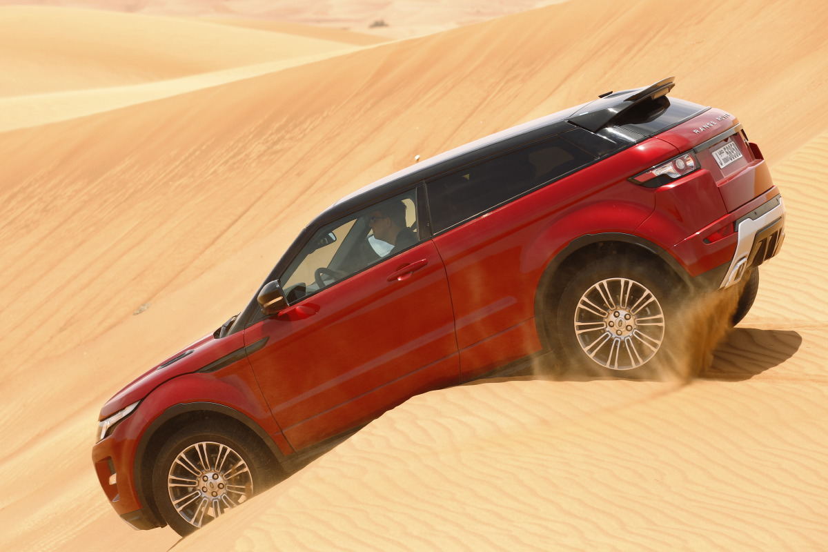 range rover evoque5 Welcome to Desert with Range Rover Evoque