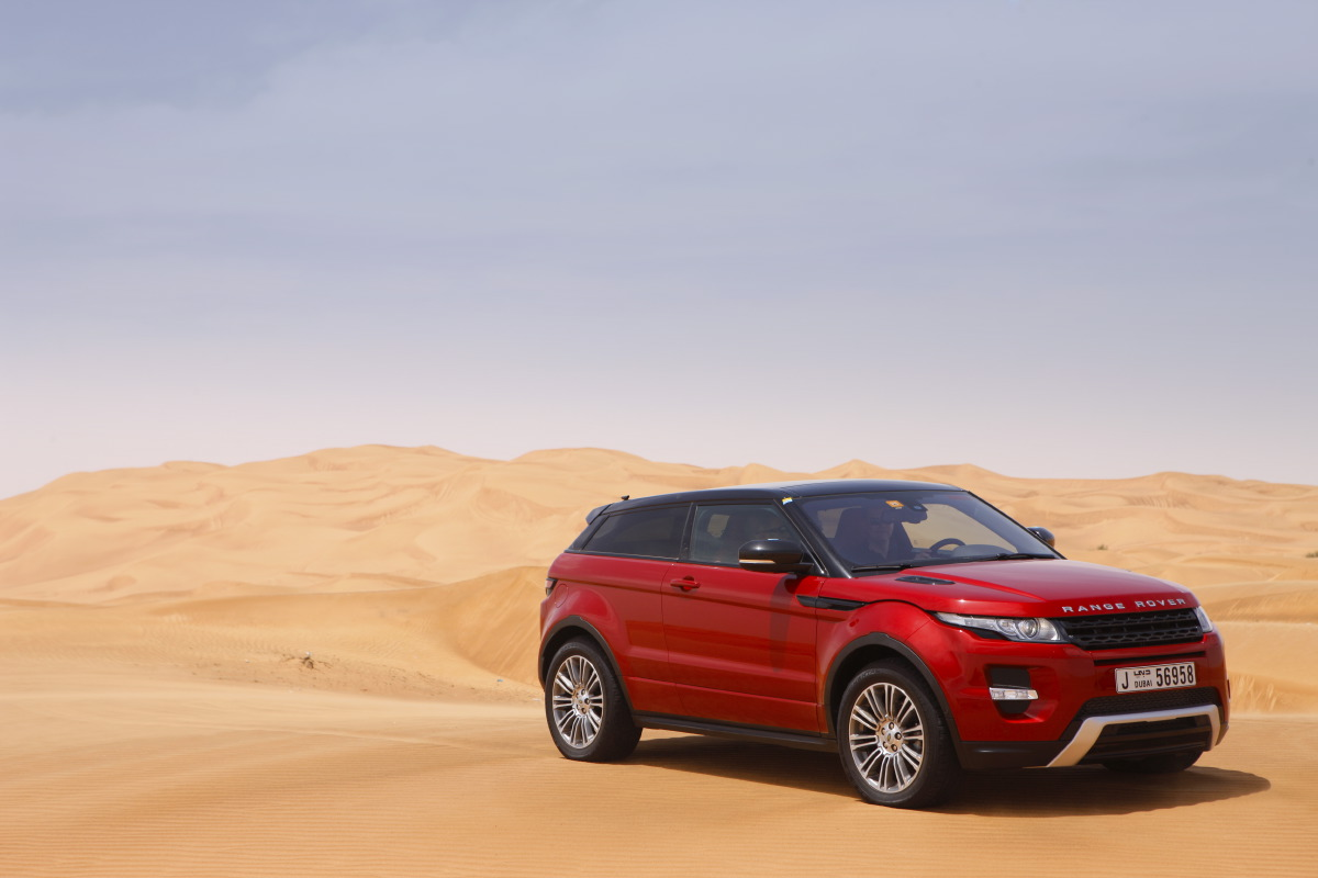 range rover evoque6 Welcome to Desert with Range Rover Evoque