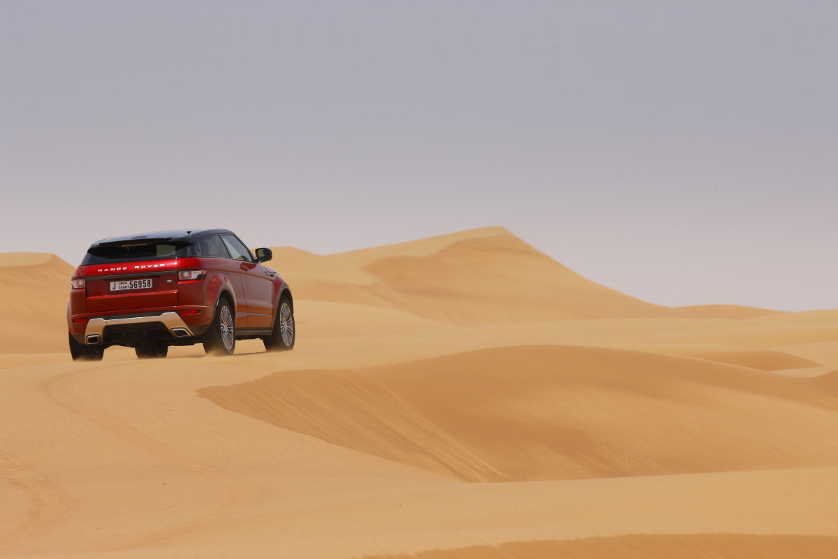range rover evoque8 Welcome to Desert with Range Rover Evoque
