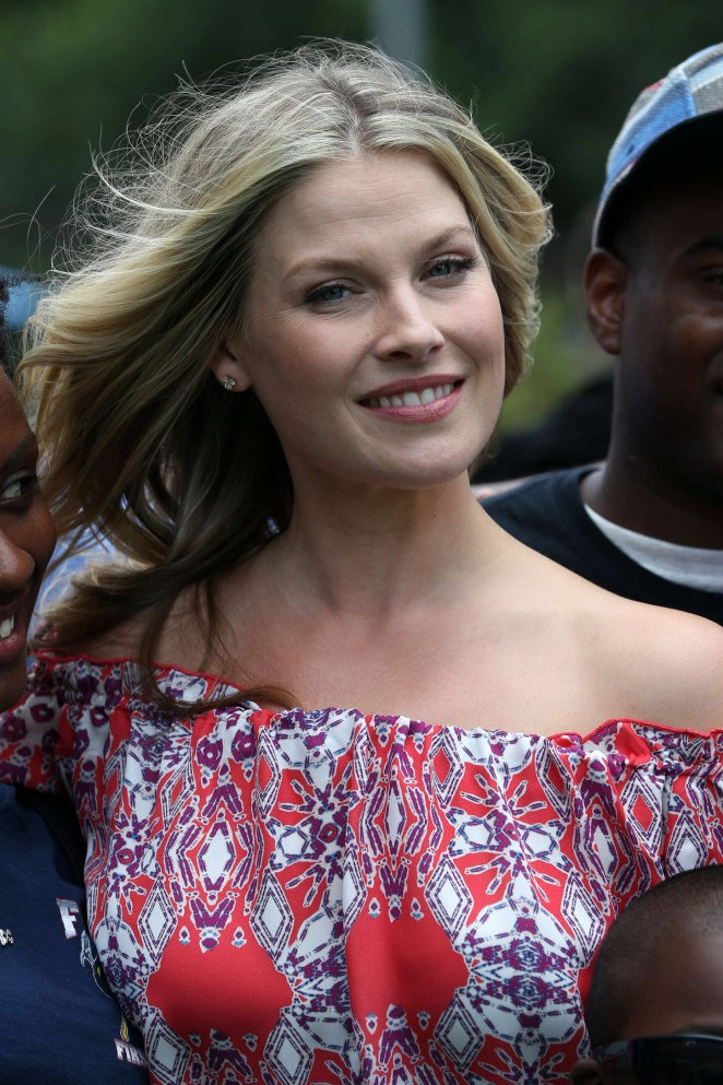 ali larter3 Ali Larter at BBQ in NYC