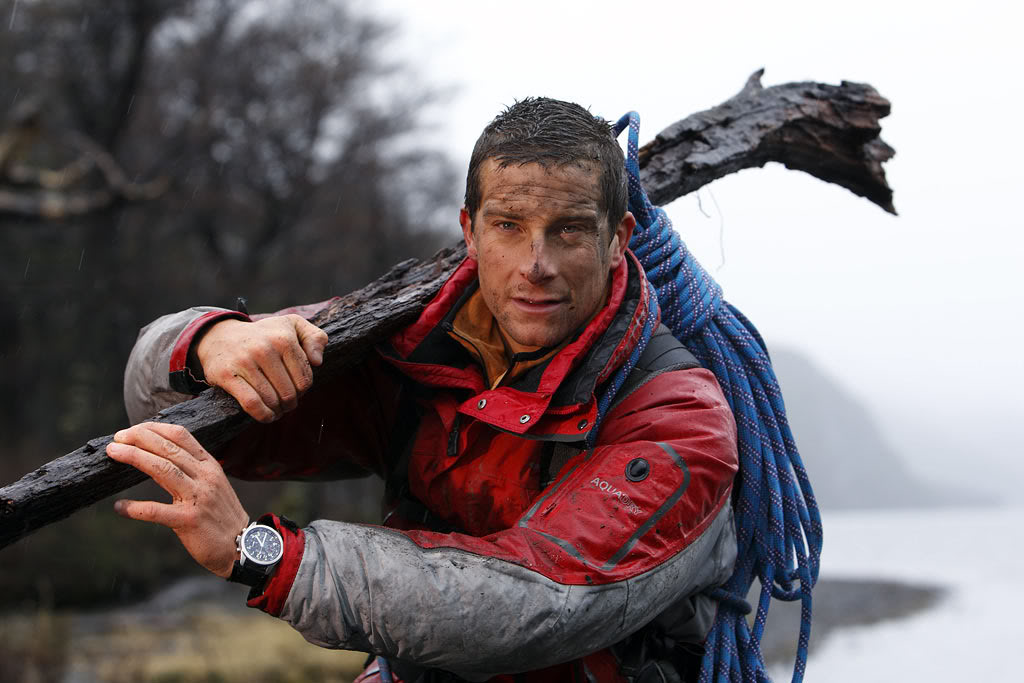survival bear grylls15 Bear Grylls is a Pretty Cool Guy