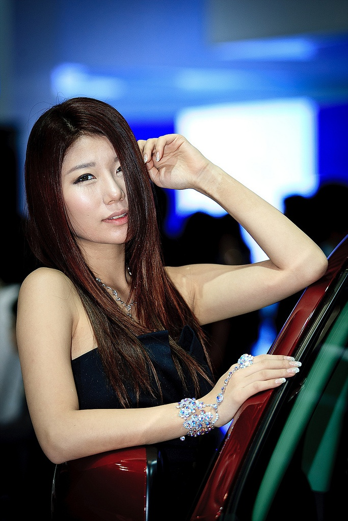 motor show model16 Hot Korean Models at Seoul Motor Show