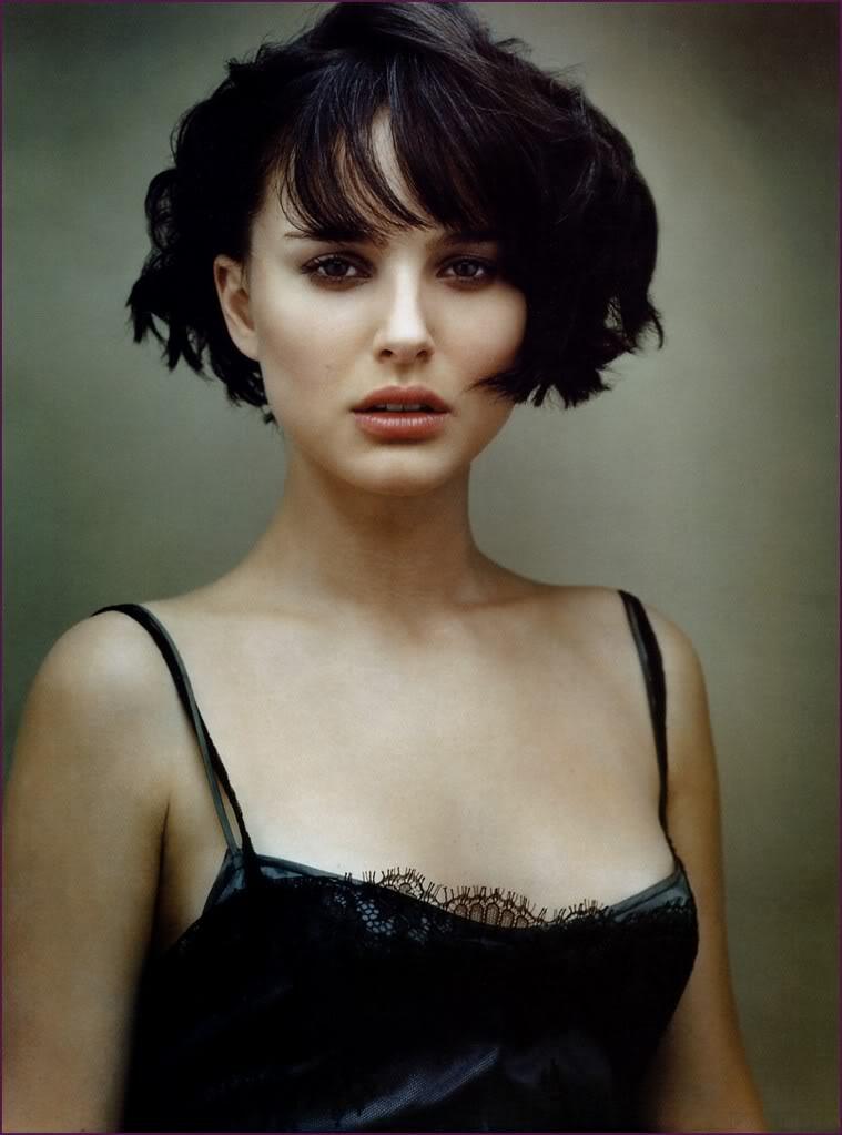 natalie portman cleavage4 Natalie Portman   Celebrity with Cute Cleavage