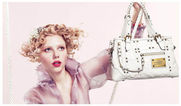scarlett johansson2 Pretty Scarlett Johansson in Pink
