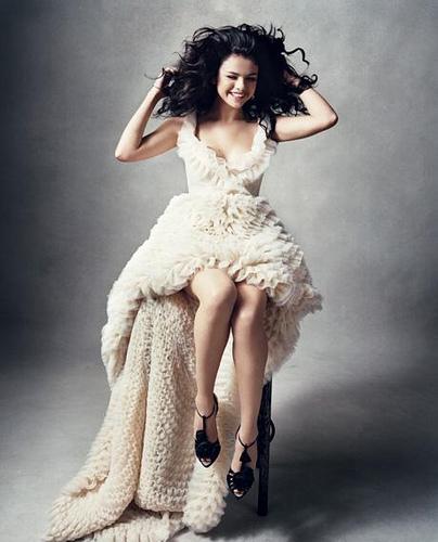 selena gomez picture2 Selena Gomez Teenage SuperStar