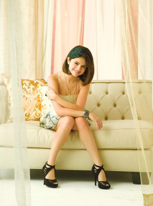 selena gomez picture6 Selena Gomez Teenage SuperStar