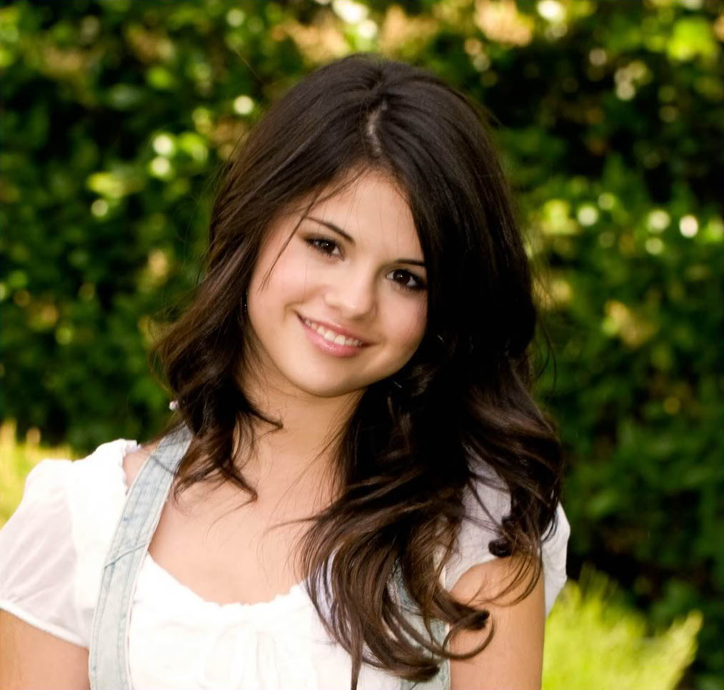 selena gomez picture7 Selena Gomez Teenage SuperStar
